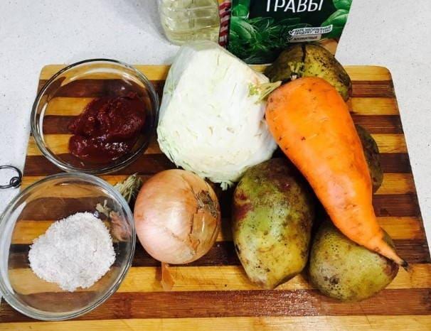 Капуста, тушеная с картошкой - пошаговые рецепты с фото